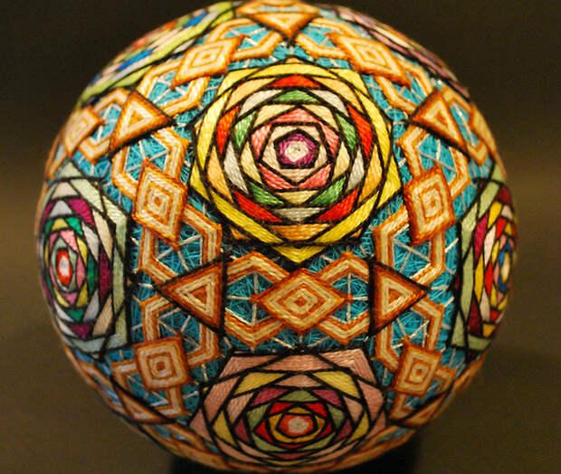 Темари - вышивание красочных узоров на нитяных шариках. Редкие  рукоделия