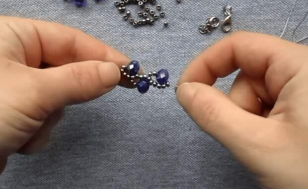 Элегантный браслет с неожиданно легкой сборкой. Плетение, которое выглядит на миллион