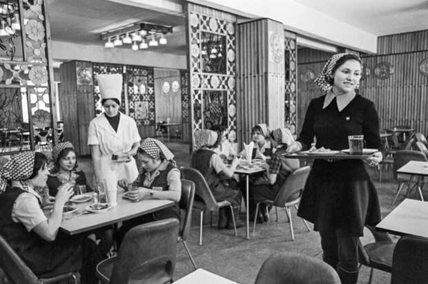 Столовые СССР были просты, но с полезной едой