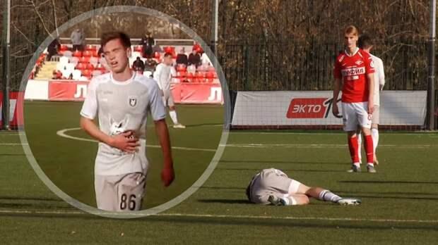 Состояние 17-летнего игрока «Рубина» Фомина после срочной госпитализации остается стабильно тяжелым