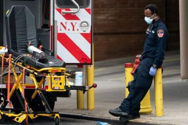 В США наблюдается уже четвертая волна пандемии
