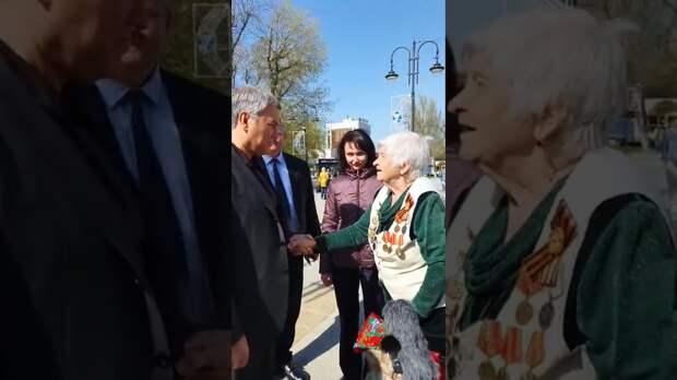 С характеристикой от саратовской пенсионерки Володин точно достоин!
