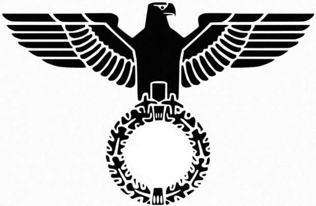 """Нацистская символика живет в дизайне и """"искусстве"""""""
