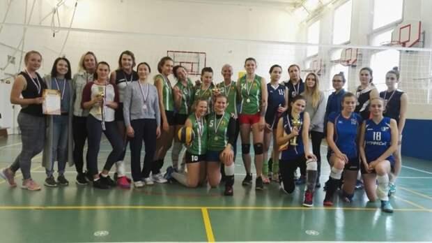 Женская команда по волейболу района Северный/Фото: СДЦ «Норд»