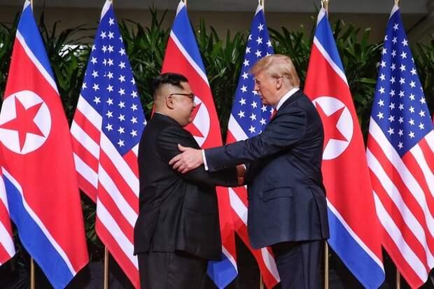 Ким Чен Ын прибыл во Вьетнам для переговоров с Трампом