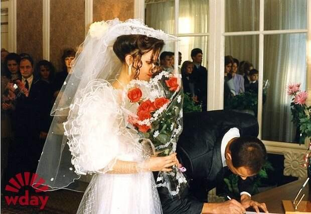 Советские свадьбы - это мероприятие с КУЧЕЙ (без преувеличения) гостей!