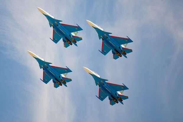 Ожидание «Русских витязей» в Ижевске, столкновение самолётов в Шереметьево и кража картины Бэнкси: что произошло минувшей ночью