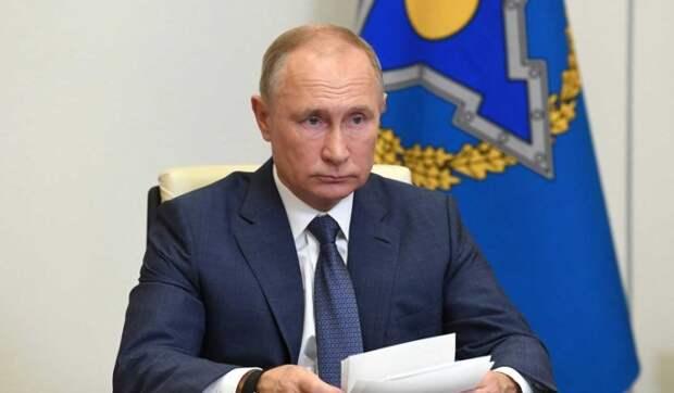 """""""Это было его личное решение"""": Песков откровенно о бункере и новогодних планах Путина"""