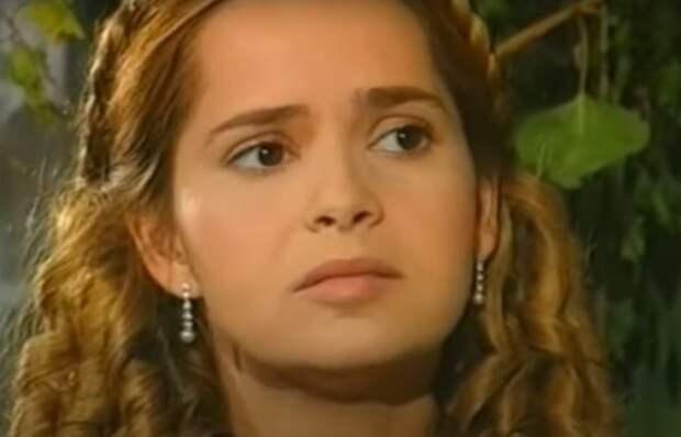 Гресия Кольменарес сыграла две роли. Фото: Pinterest
