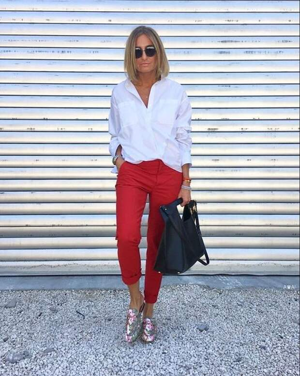Белая рубашка в гардеробе. С чем носить, чтобы освежить образ