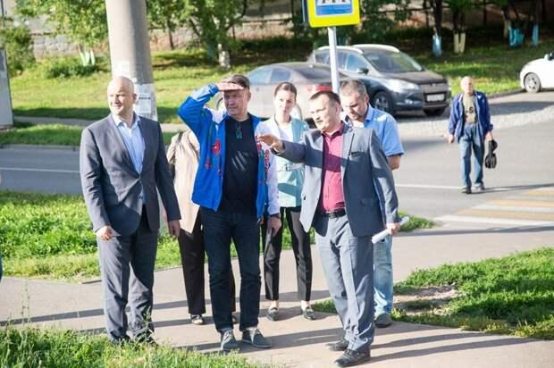 Глава Ижевска Олег Бекмеметьев: более 500 объектов уже вошли в 5-летнюю программу ремонта тротуаров