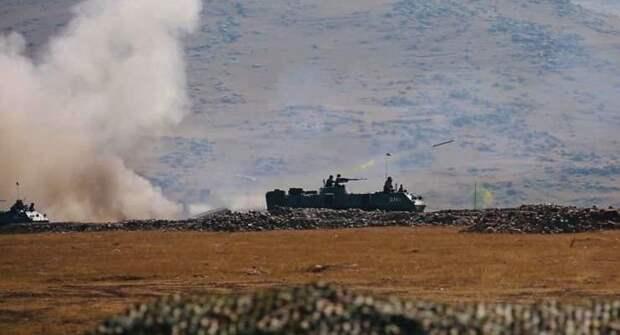 Армения заявила об авиаударах Азербайджана и Турции в Карабахе
