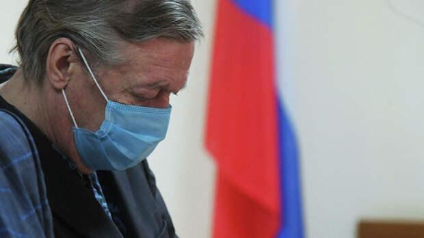 «Этонаглая ложь»: адвокат одопросе Ефремова