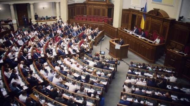 В Раде утвердили представленные премьером кандидатуры министров