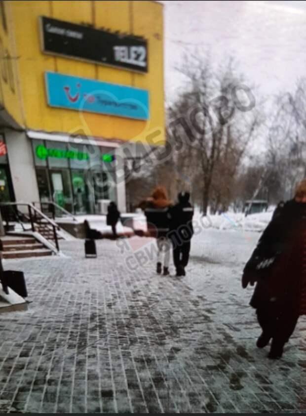 Нарушителя масочного режима задержали в торговом центре на Менжинского