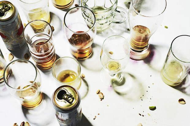 Почему лучше не совмещать алкоголь и отношения