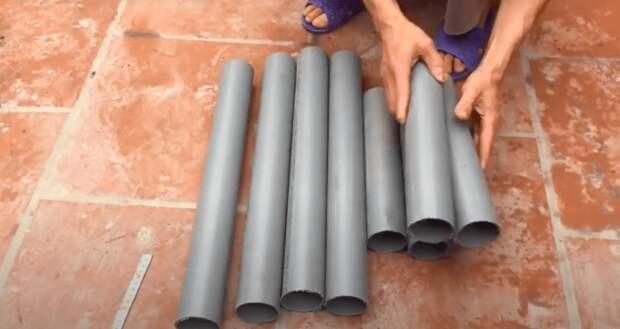 Если соединить пластиковые трубы с плиткой у вас получится очень необычная вещь