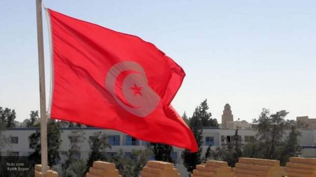 Бывший замглавы МИД Ливии заявил о коррупционерах на форуме в Тунисе