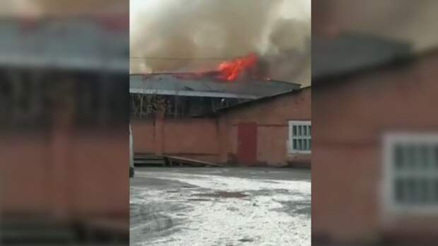 Здание бывшего винзавода сгорело вРостовской области