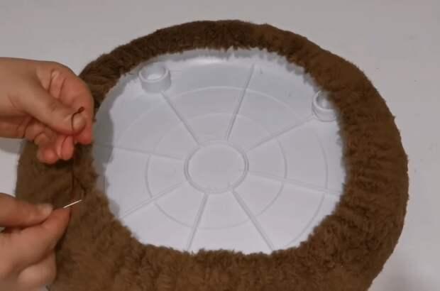 Креативная переделка пластикового табурета