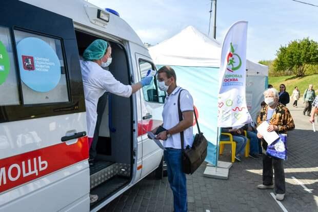 Мобильный прививочный пункт в Печатниках / Фото: Денис Афанасьев
