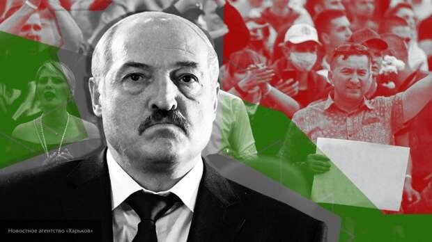 Лукашенко уволил главу МВД