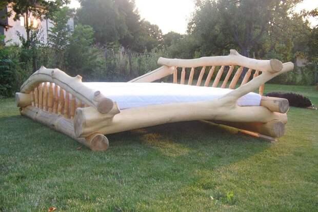 Кровать размера кинг-кинг-кинг сайз
