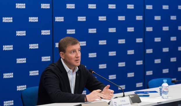 «Единая Россия» требует увеличить зарплаты бюджетников