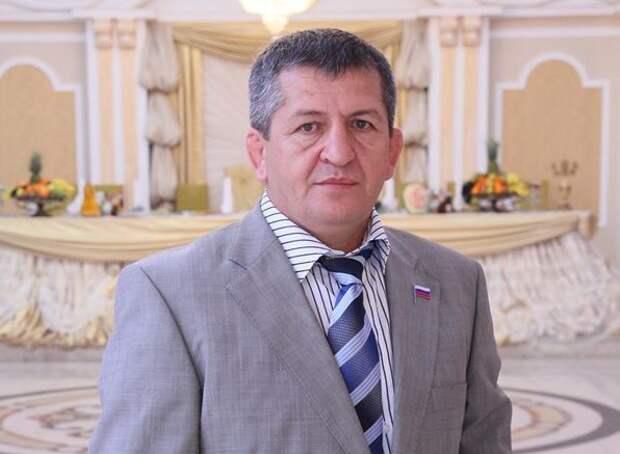 Рамзану Кадырову стало известно о смерти отца Хабиба Нурмагомедова