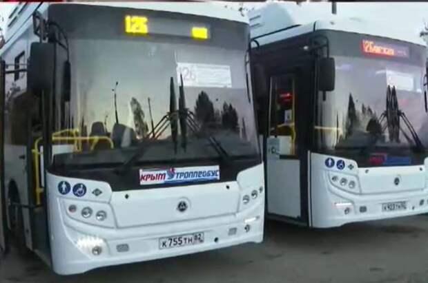 Крым получил 220 новых автобусов