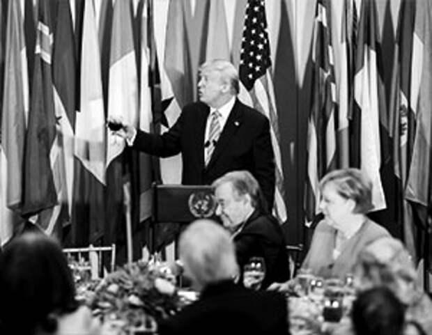 Своей политикой попрания всяких международных правовых норм, американские власти приближают конец нынешней ООН