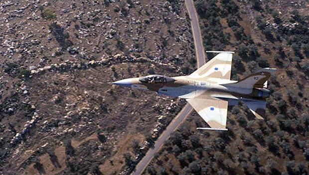 С-300 пригодились. Сирия сбила израильский военный самолет
