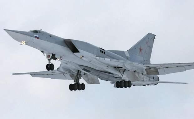 Зачем «непотопляемому авианосцу» Крыму потребовалась дальняя авиация