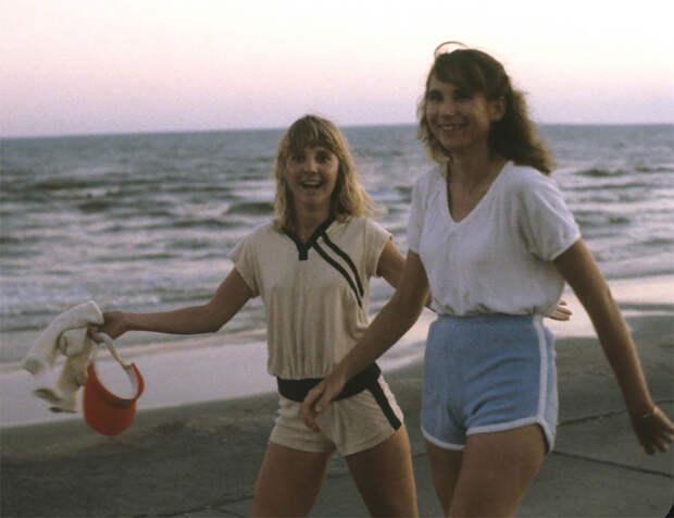Юные американки на пляжах Техаса в 80‑е