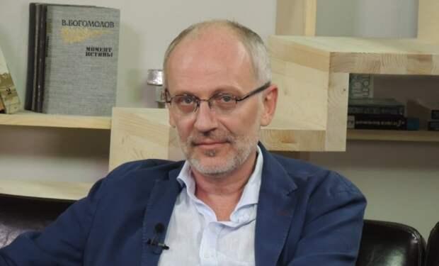 Зрители Первого канала возмущены высказыванием Александра Гордона о бродячих собаках