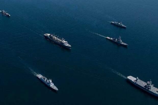 Корабли НАТО близко подошли к российским кораблям-трубоукладчикам