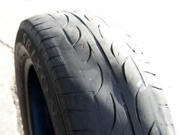 Диагональная вмятина с износом авто, автовладельцам, вождение, машины, полезное, фото, шины