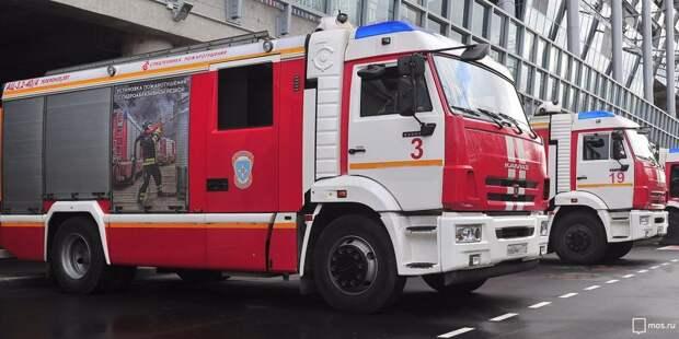 Три человека пострадали во время пожара в квартире на Петрозаводской