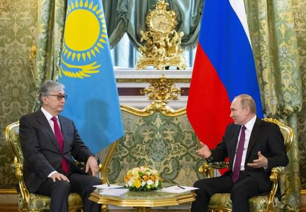 Россия и Казахстан: идентичность и социальный контракт перед вызовами времени