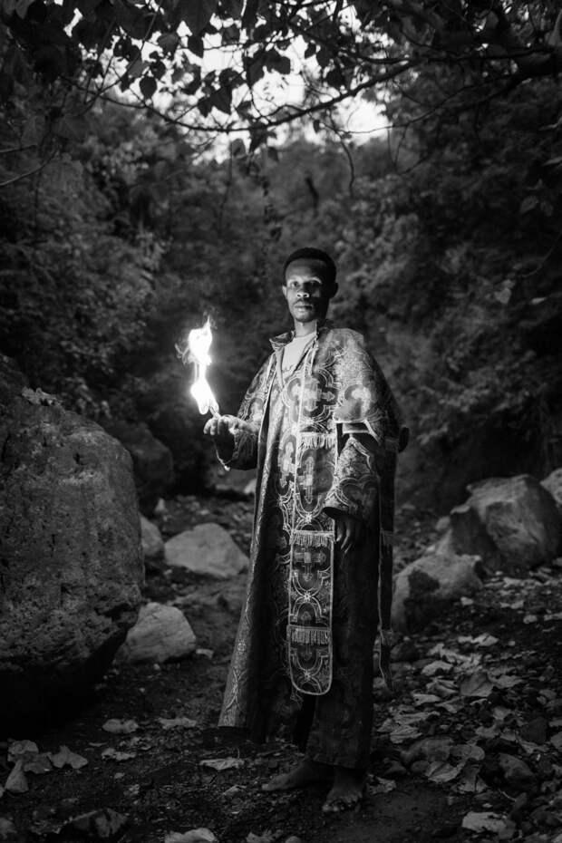 По-православному: обряды массового экзорцизма в Эфиопии