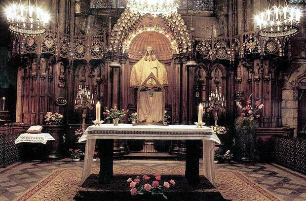 Покров Девы Марии