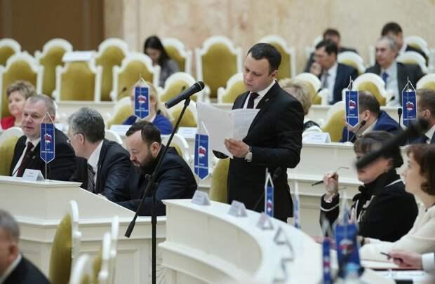 В Петербурге могут ограничить время рекламы в кино