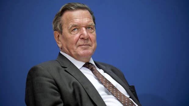 Зачем Герхард Шредер напомнил немцам о войнах с Россией