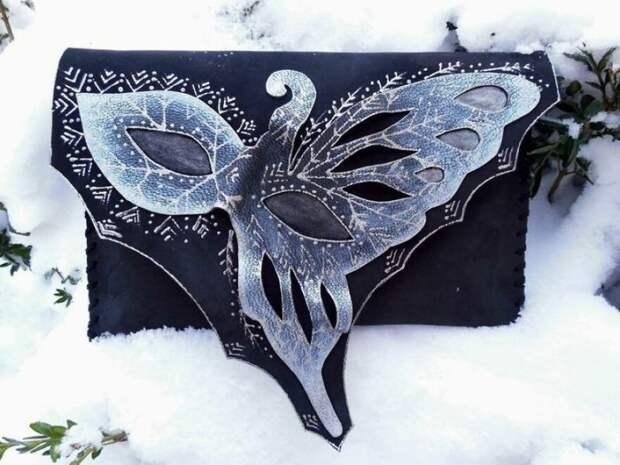 Уникальные кожаные клатчи ручной работы на зимнюю тематику