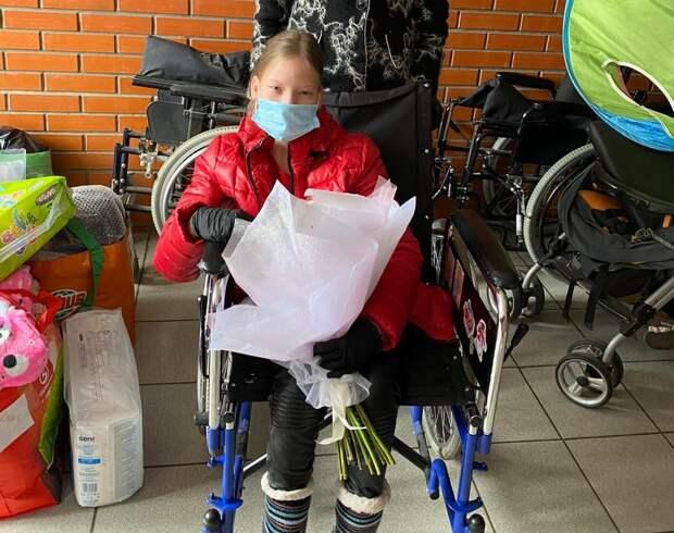 """С этого года Алена из Козельска живет в приемной семье / Фото предоставлены благотворительным фондом """"Волонтеры в помощь детям-сиротам"""""""