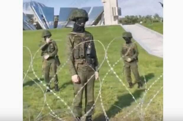 Лукашенко привлёк маленьких детей к охране правопорядка в Минске