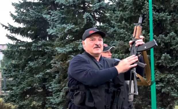 Политолог: Минск может признать Крым российским в ответ на провокацию Киева против Лукашенко