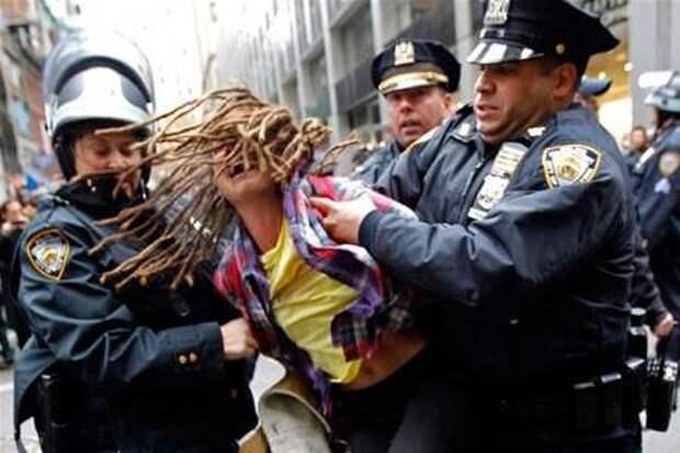 Палочная демократия: кому служит и кого защищает полиция США?