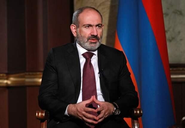 Саркисян обсудил с Пашиняном политическую обстановку в Армении