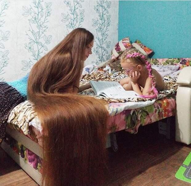 Она не стриглась с 2003 года. Вот какими стали ее волосы через 15 лет!